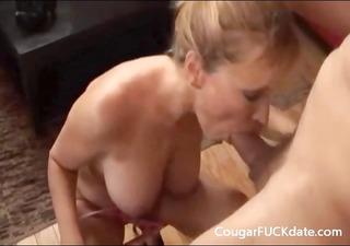cougar gives a great blowjob