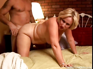 perverted aged babe molly gives a sloppy rimjob