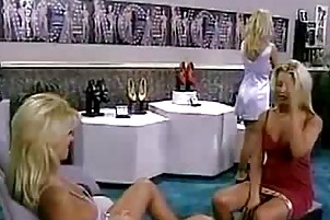 lesbo legal age teenager likes to massage and
