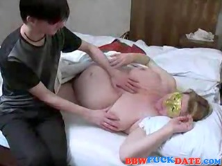 dilettante russian mommy and son have sex