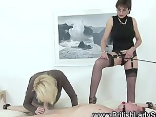 aged lady sonia in nylons
